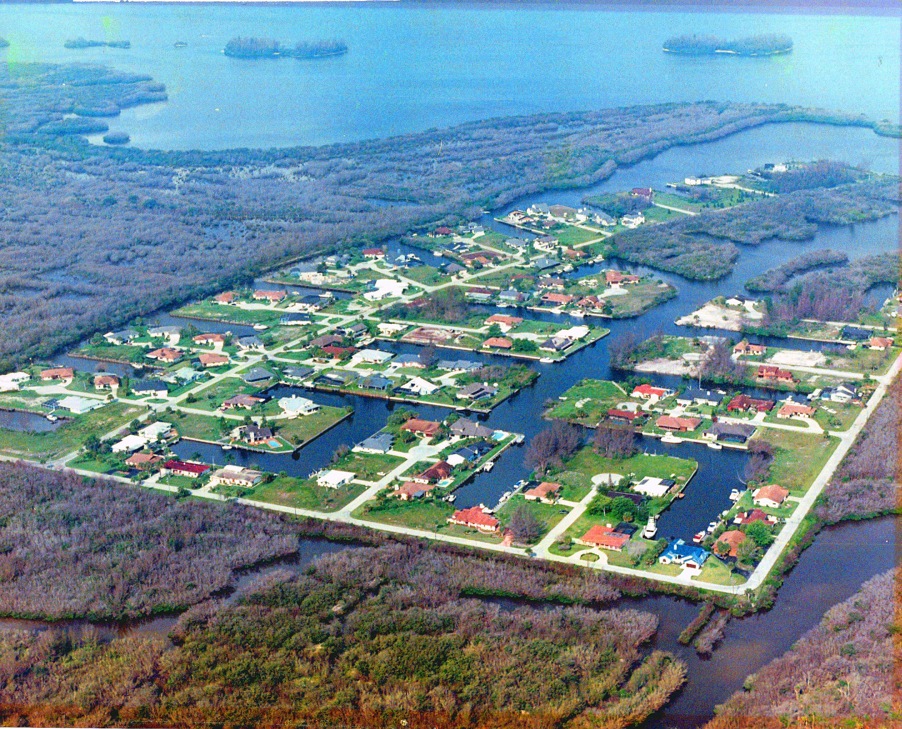 Queens cove from air 3.jpg