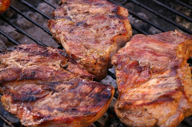 grilled-meats-1309460_640.jpg