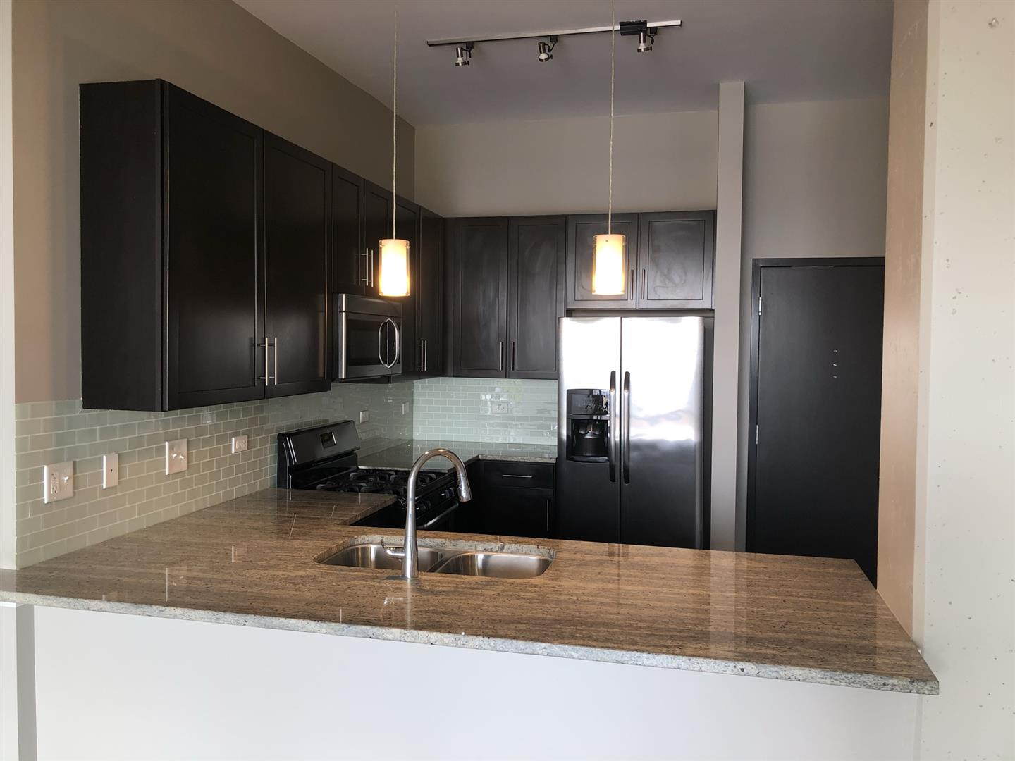 1-Bedroom House In Chicago