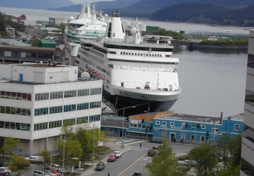 Cruise ships in Juneau AK