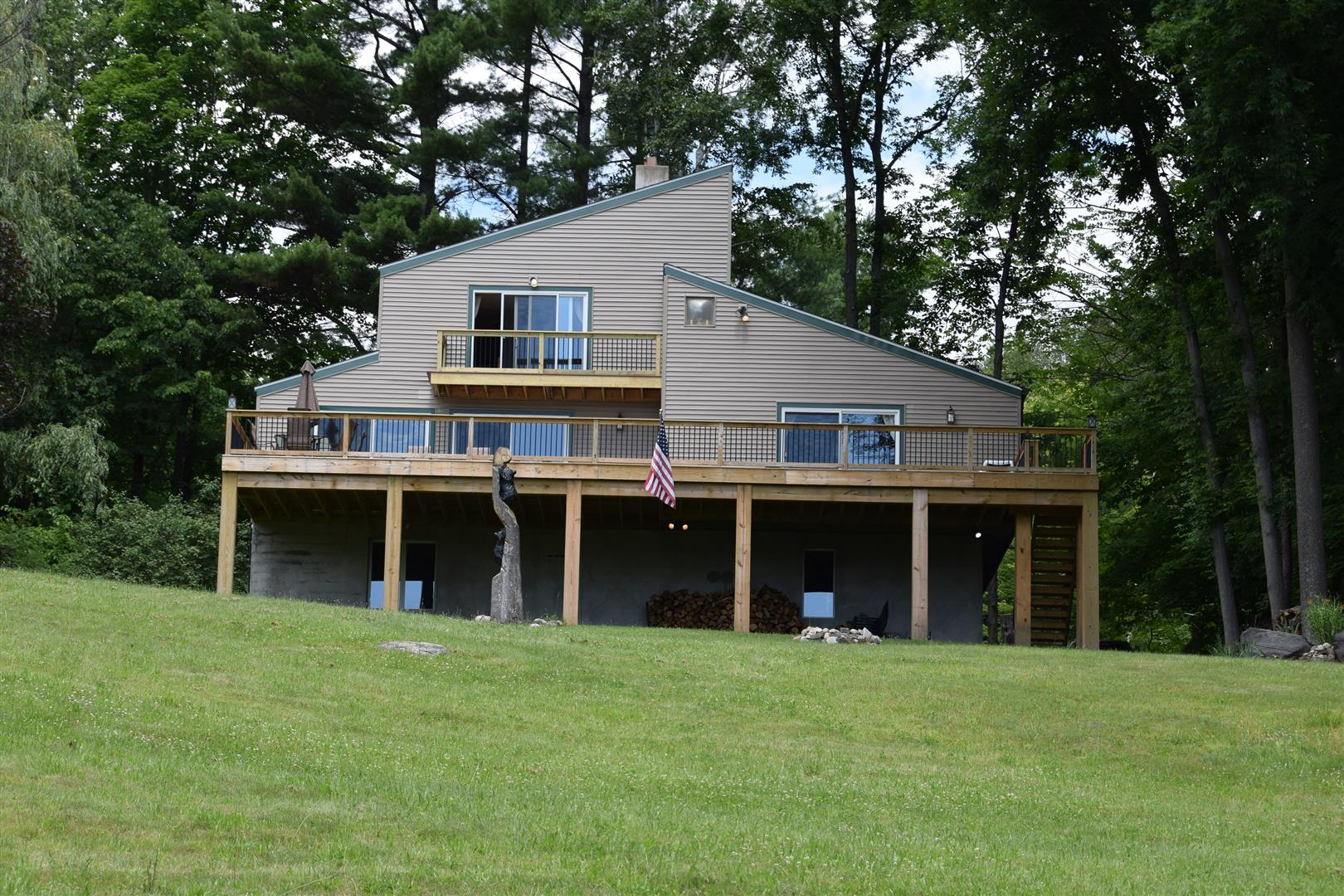 CARRIAGE HILL RENTAL Lake George NY 12845 id-1849527 homes for sale