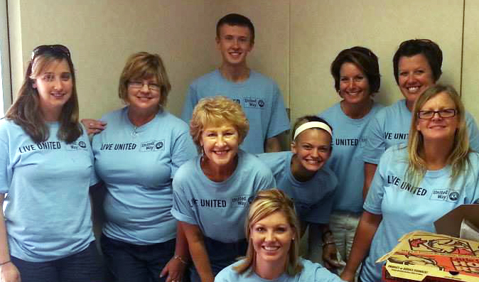 Century21AllianceGroupAgents_DayofCaring2013.jpg