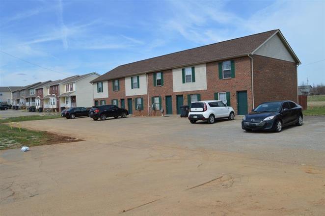 980 SqFt House In Oak Grove