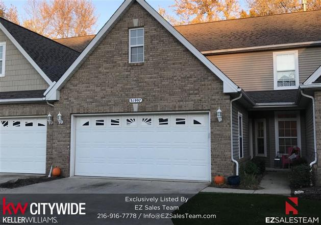 Updated 3-Bedroom House In Avon Lake