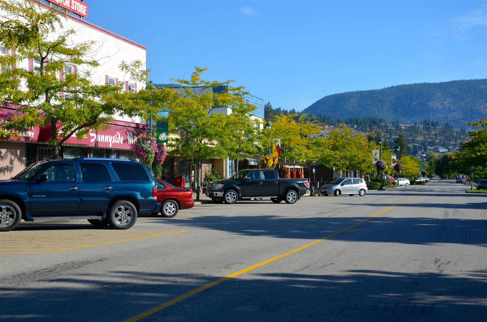 Downtown_Peachland.JPG