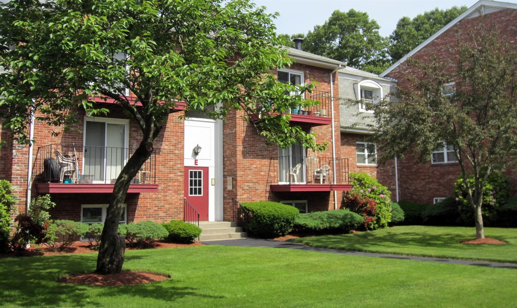 240 High St Taunton Ma For Rent 496