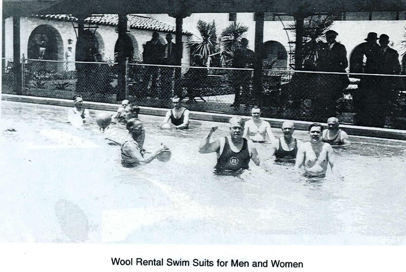Hollywoodrivierabeachclubpool.jpg