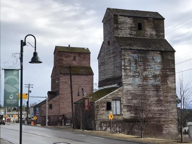 image of historic grain elevators in Creston, BC