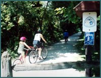 Bike path near homes for sale in Elmhust, IL