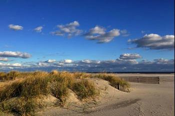 Beach located near homes for sale in Wildwood Crest, NJ