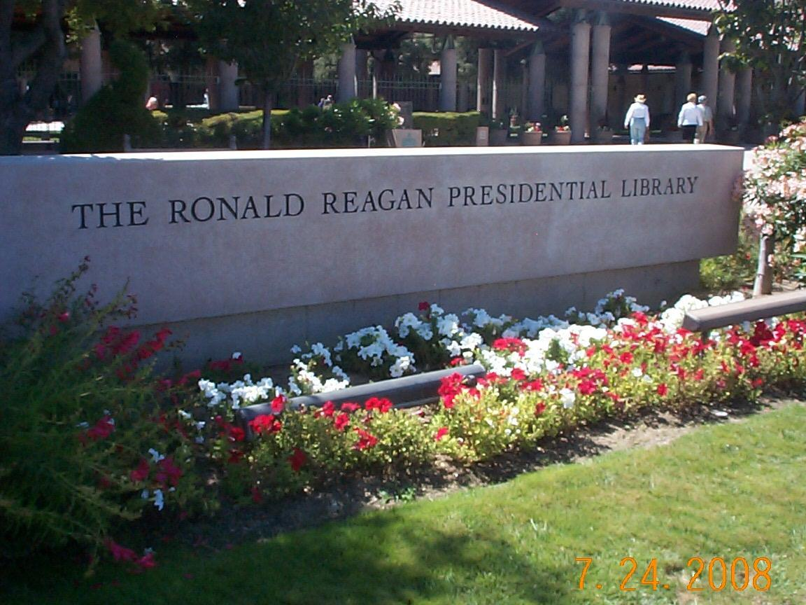 SimiValleyReaganLibrary.jpg