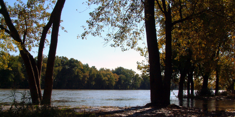 800px-Wabash_River_at_Williamsport.png