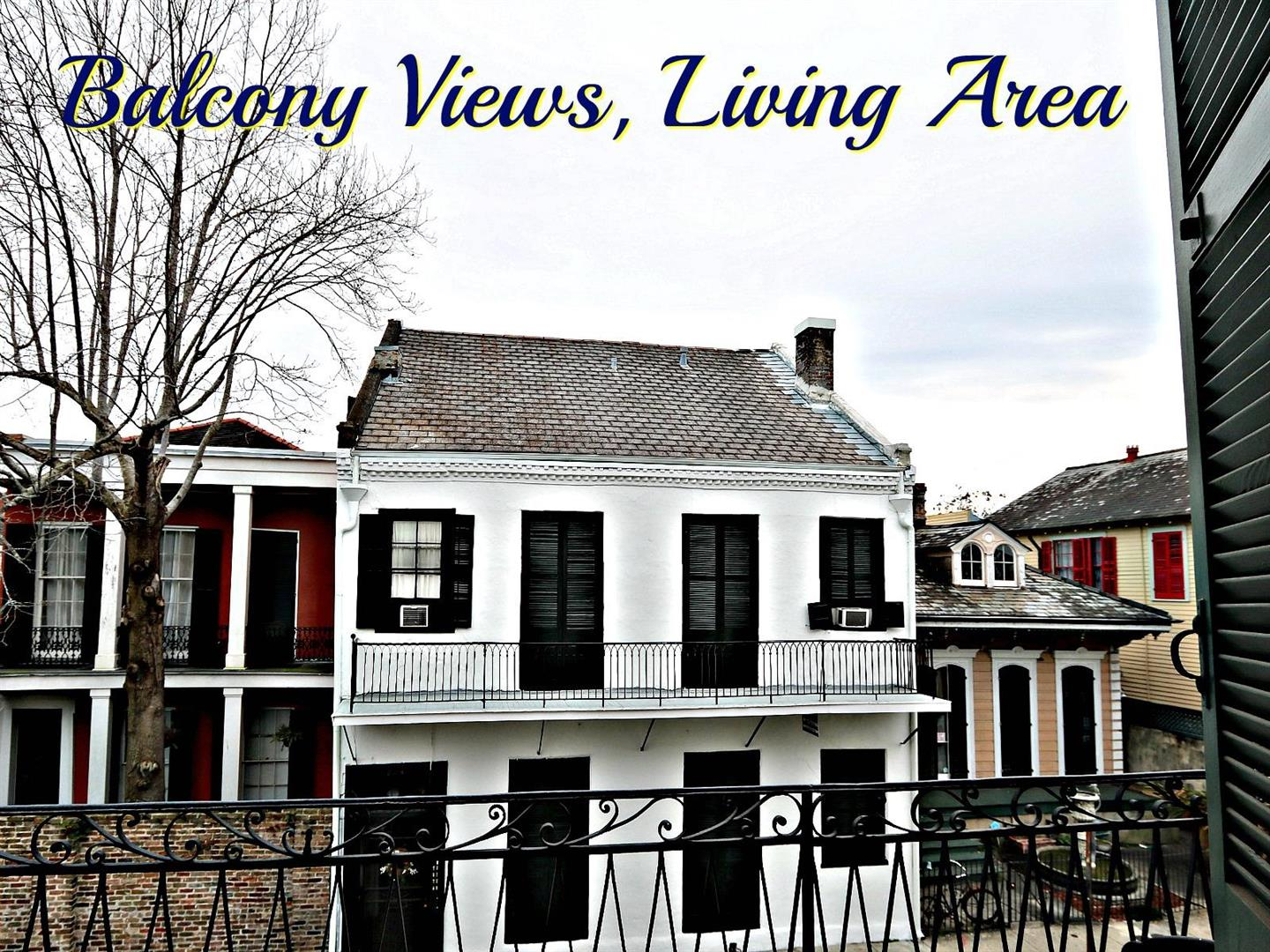 1225BourbonSt.BalconyViewsLiving.jpg