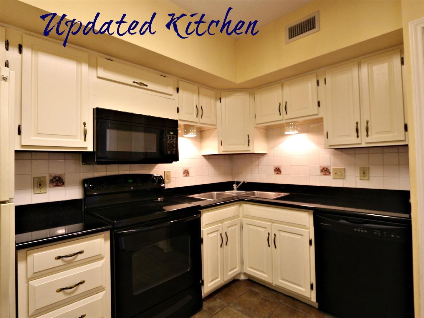 1750St.Charles629,Kitchen.jpg