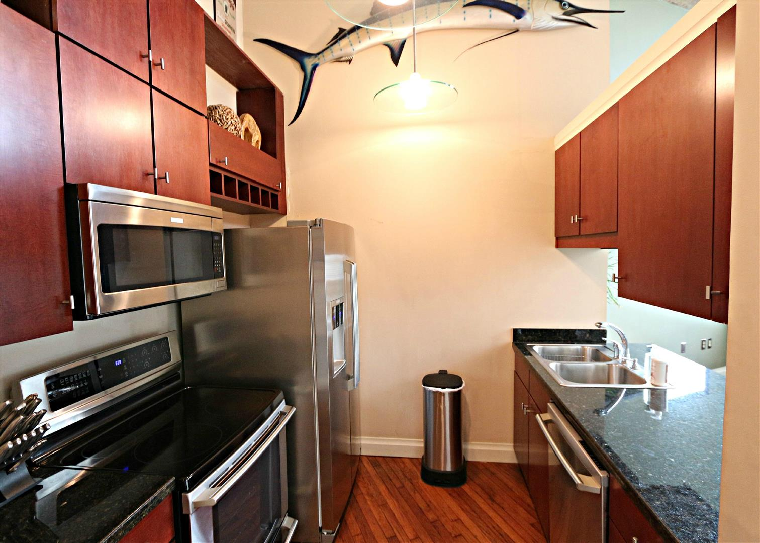 920Poeyfarre289,CottonMillCondos,kitchen.jpg