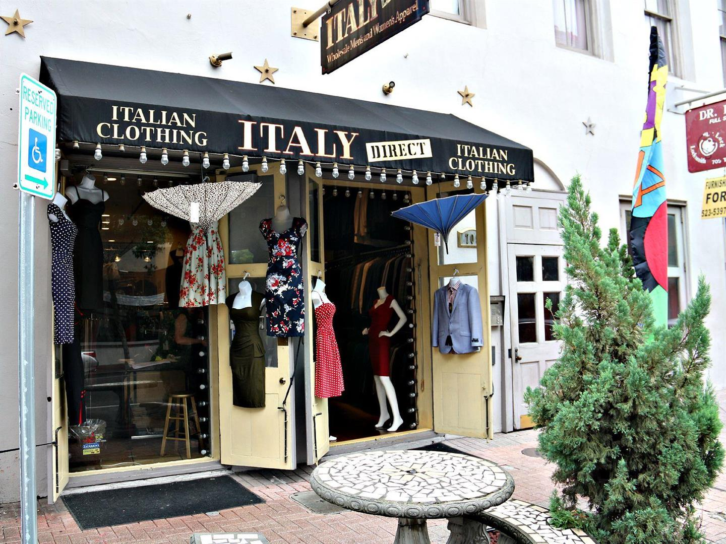 ItalianClothing,NewOrleansWarehouseDistrict.jpg