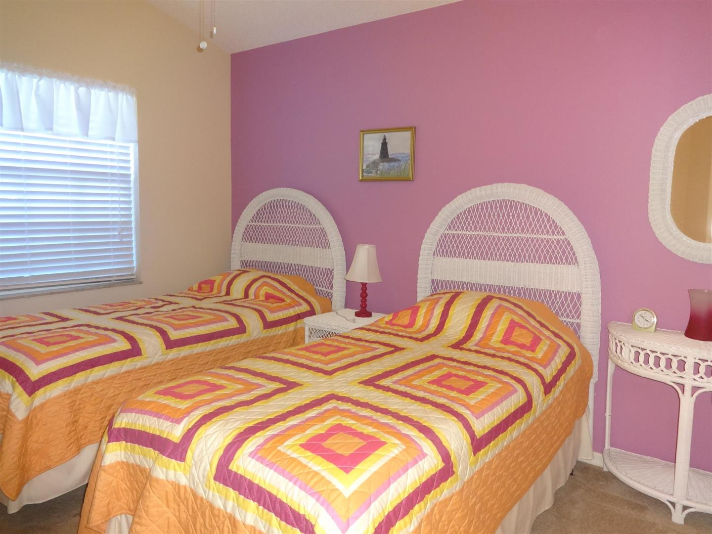 1384CapriIslesGuestBedroom.JPG