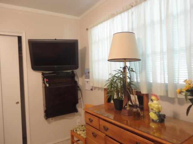 306NParkBlvdMasterBedroom2.JPG