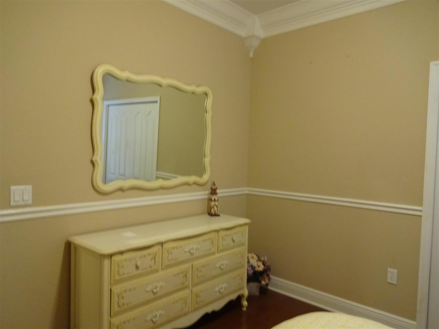 5002SeagrassGuestBedroom2.JPG