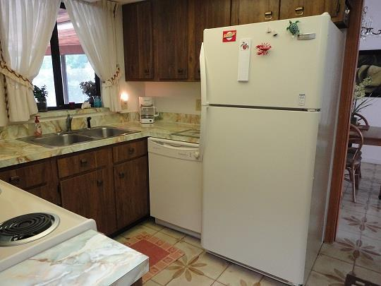 629MadridKitchenRESIZED.jpg