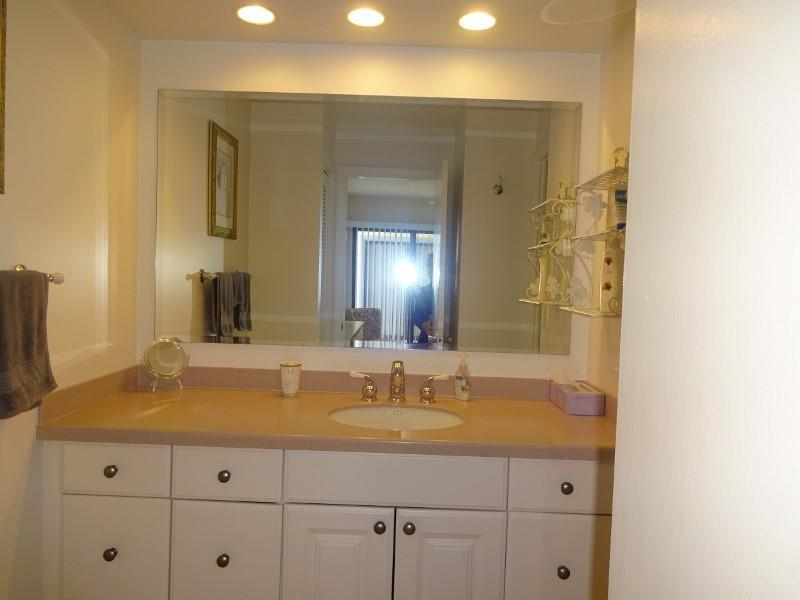 700GOLDENBEACH840MASTERBATH.jpg