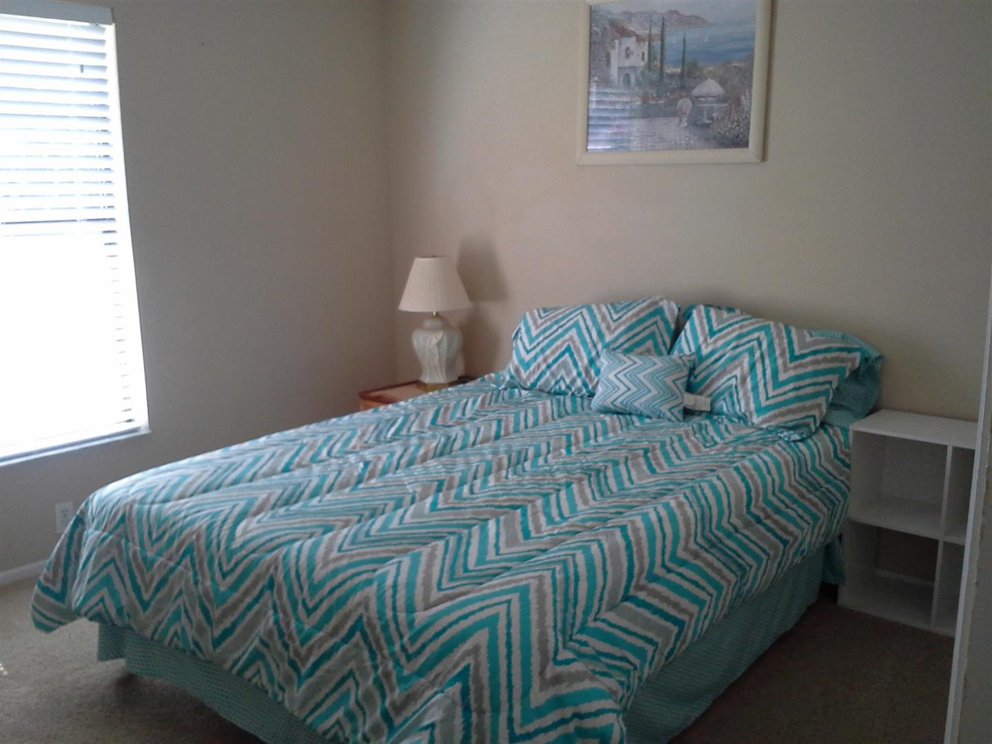 GuestRoomwithBedding.jpg