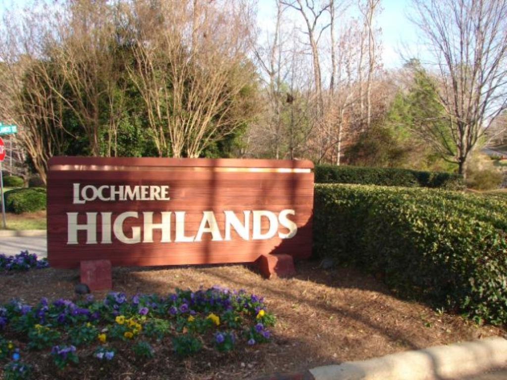 Lochmere_Highlands_Sign.jpg