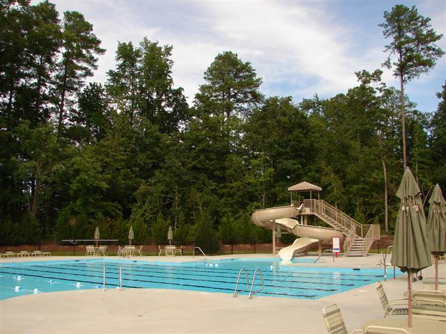brighton-forest-pool.JPG