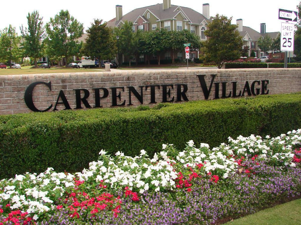 carpenter-village-sign.JPG