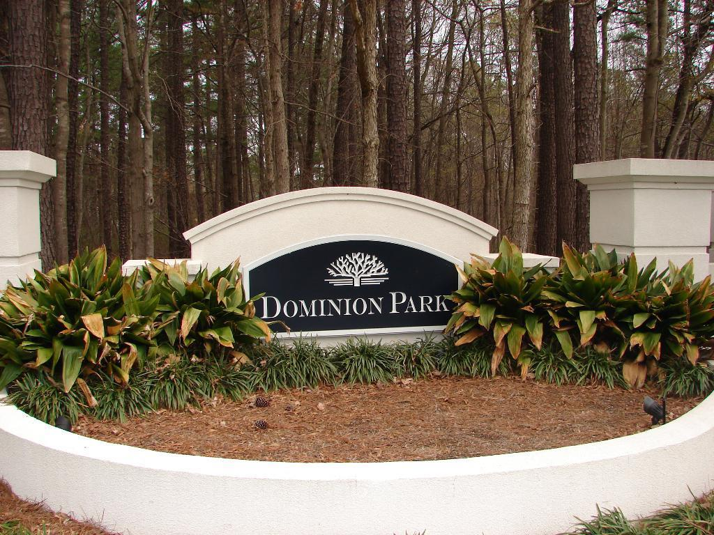 dominion-park-sign.JPG
