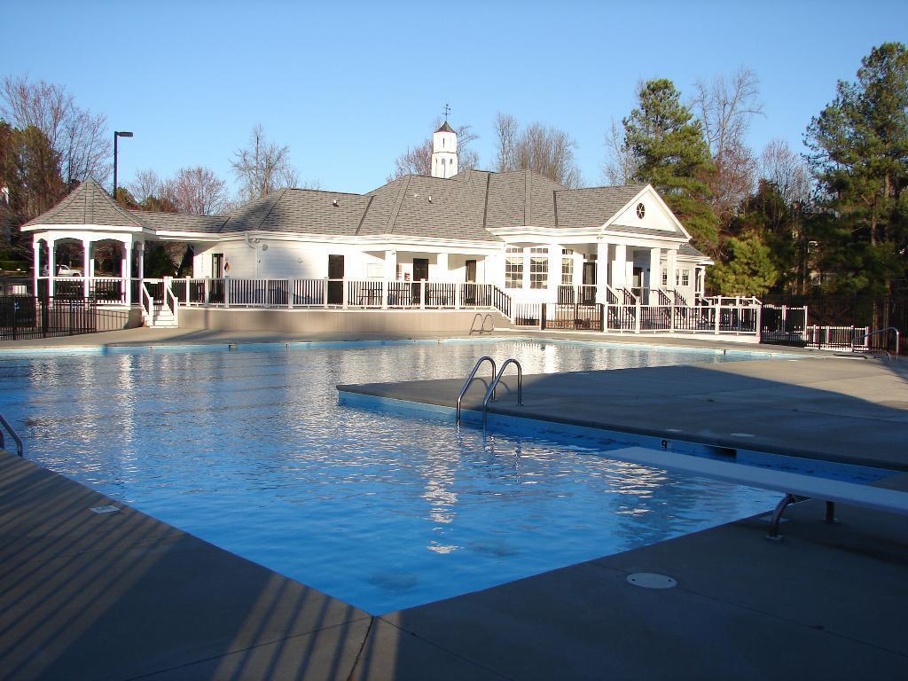 park-village-pool.JPG