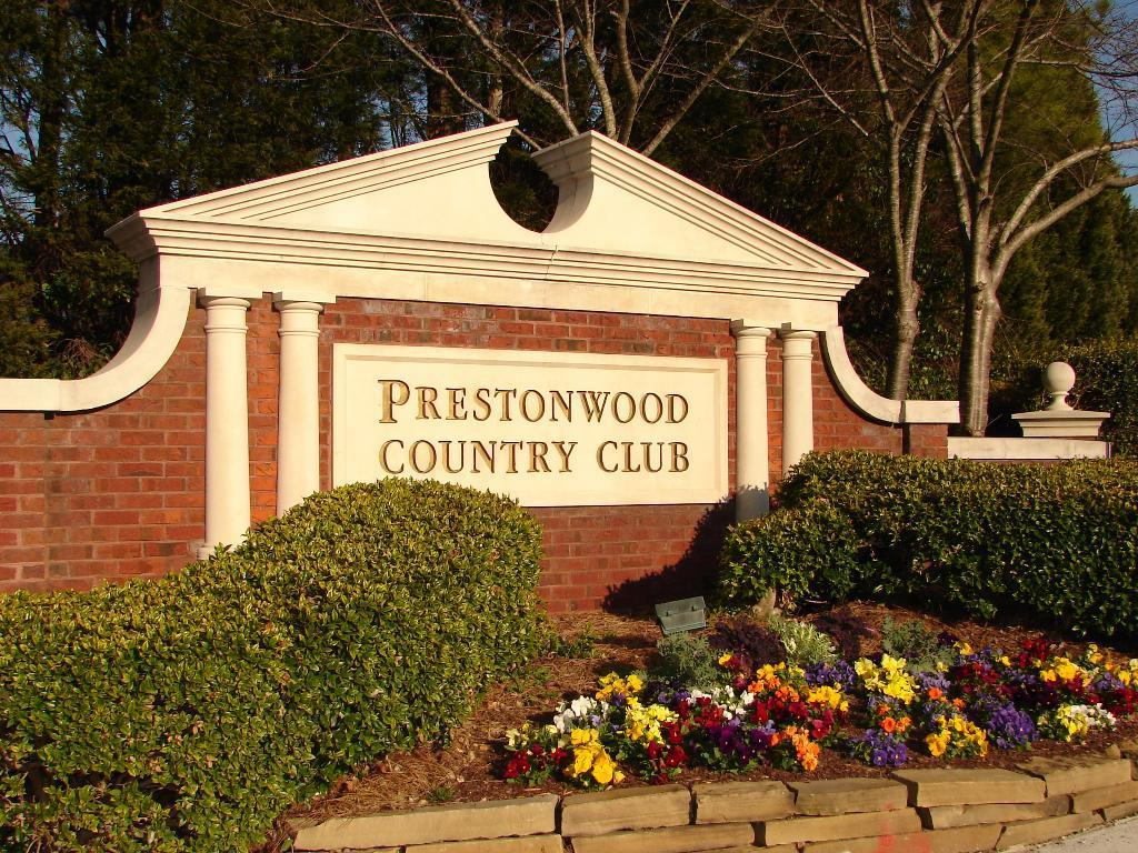 prestonwood-sign.JPG