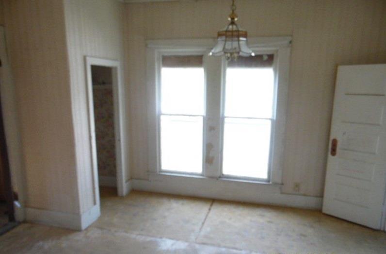 15 S CRAWFORD Fort Scott KS 66701 id-1694343 homes for sale
