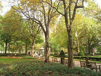 Rittenhouse_Square_-_autumn_-_IMG_6570.JPG