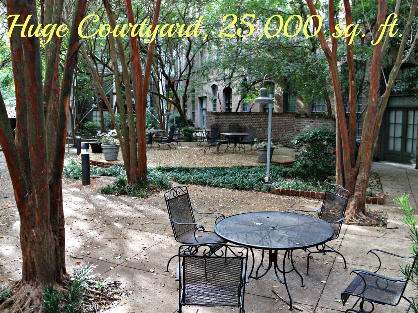 289CottonMillCondos,courtyard.jpg
