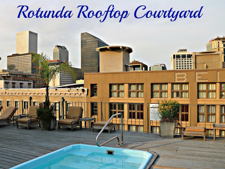 330JuliaStreetCondosRooftopCourtyard.jpg