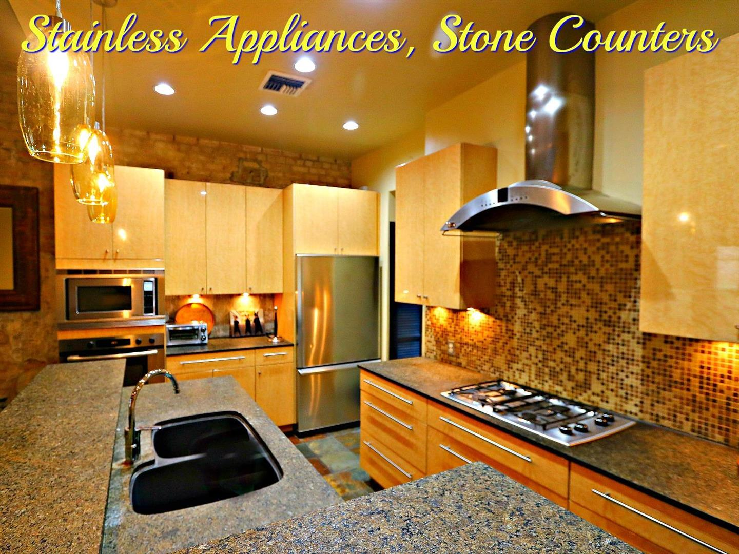 342S.DiamondSt.CondoKitchenSSappliances.jpg