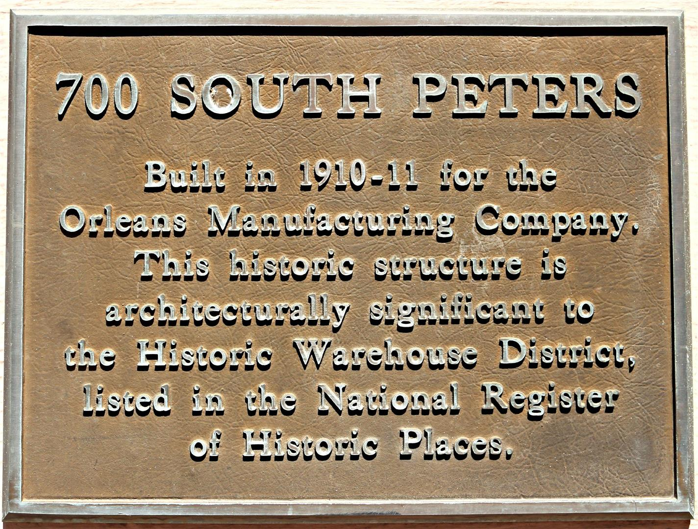700S.PetersCondos,HistoricPlaque.jpg