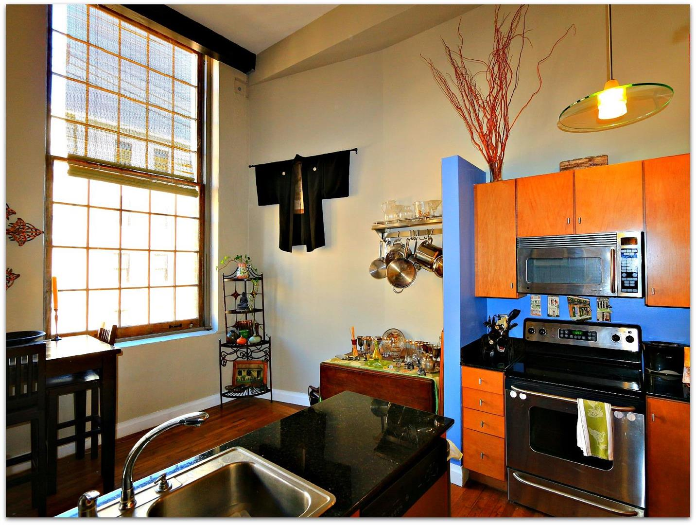 920Poeyfarre211,Kitchen.jpg