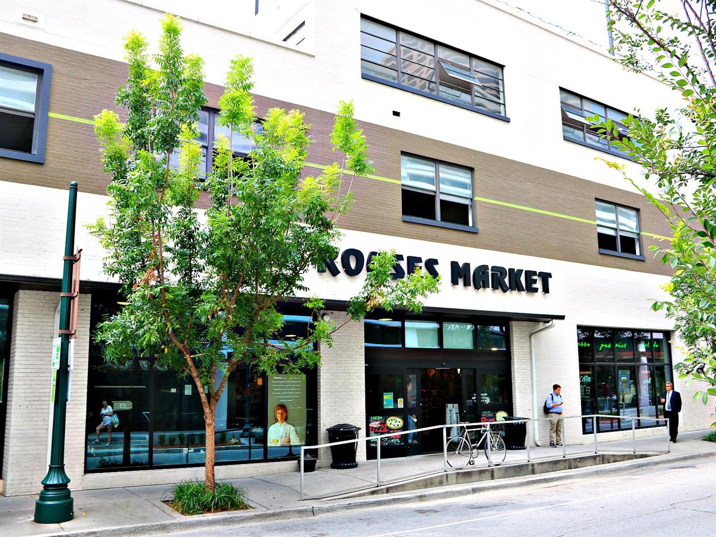 RousesSupermarketWarehouseDistrict.jpg
