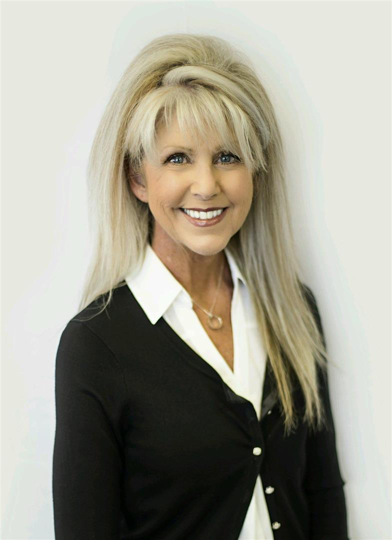 Tanya Wolff, Realtor® & Office Manager