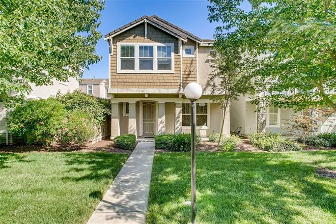 Chic 3-Bedroom House In Gateway West